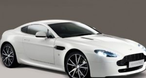 Aston Martin esordio settembre