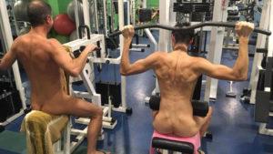 allenarsi nudi
