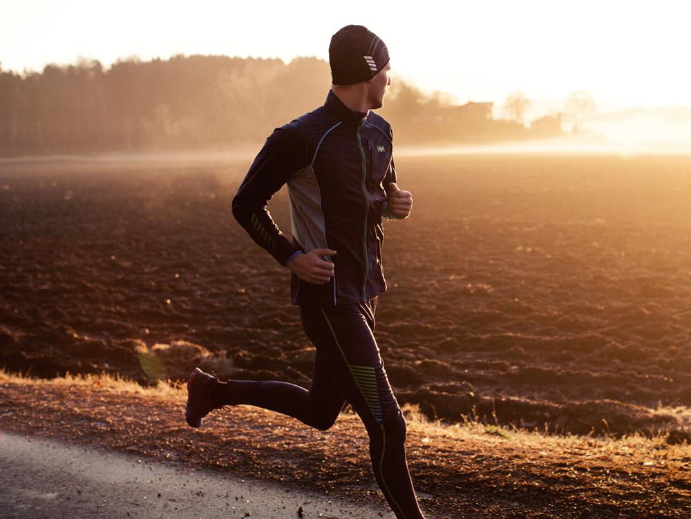 uomo corsa