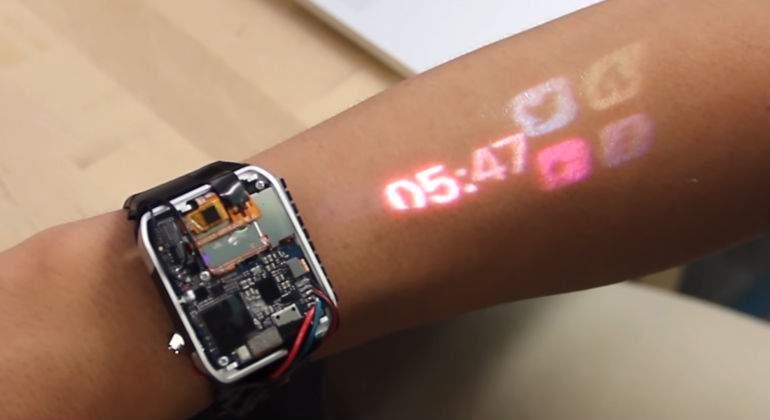 lumiwatch proiezione touch