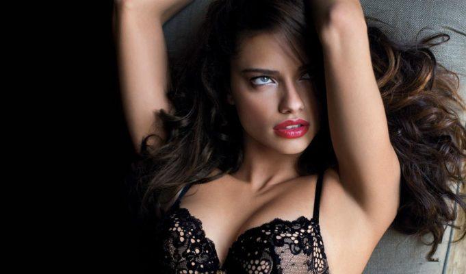 Adriana Lima addio Victoria