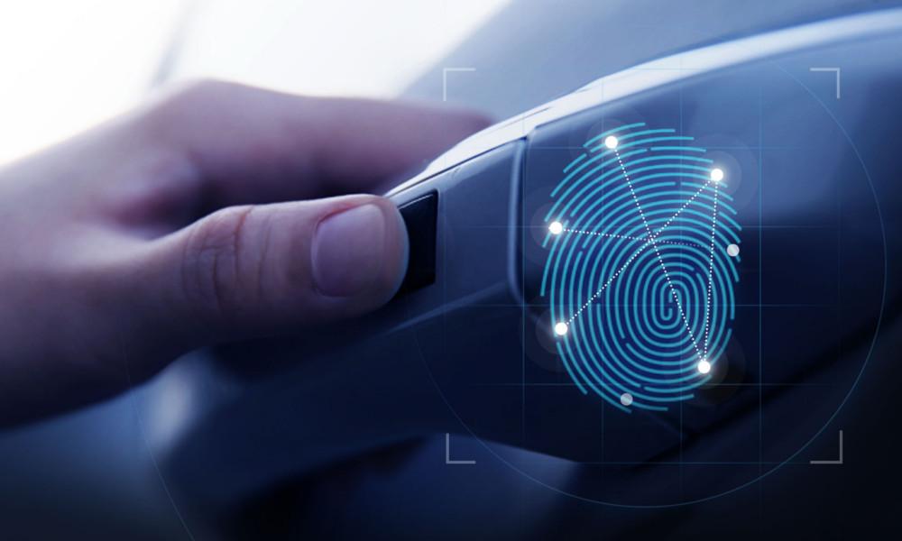 auto chiave impronta digitale
