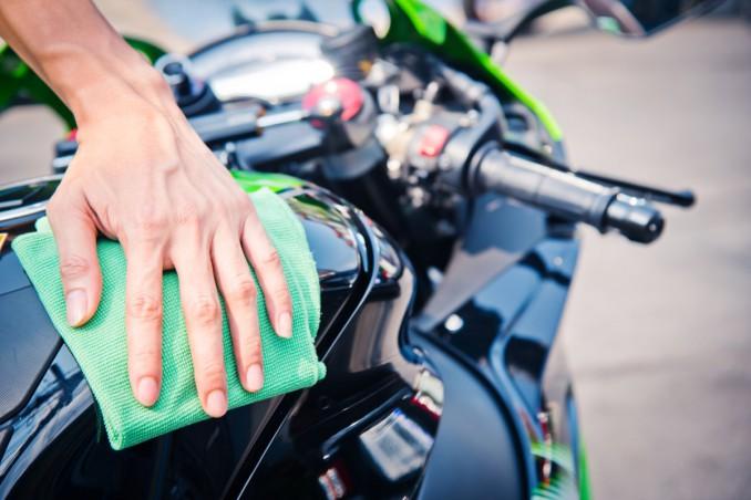 igienizzare sella moto
