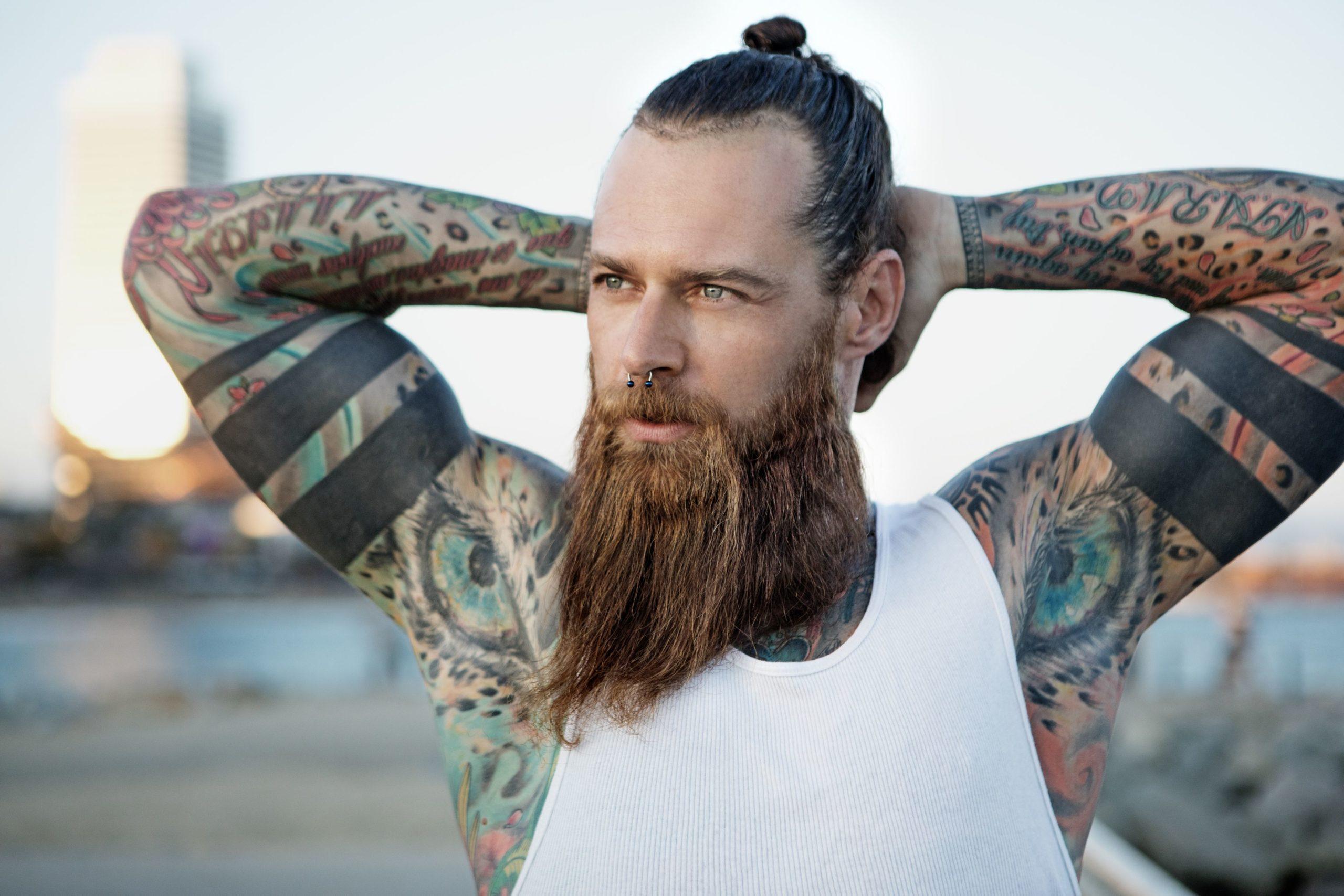 tatuaggi protezione cura estate sole