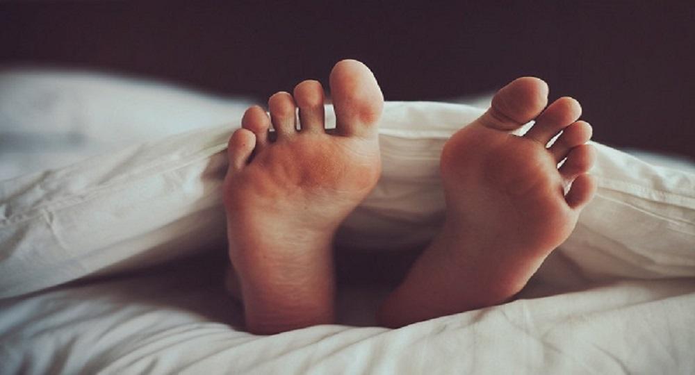 Dormire lenzuolo caldo