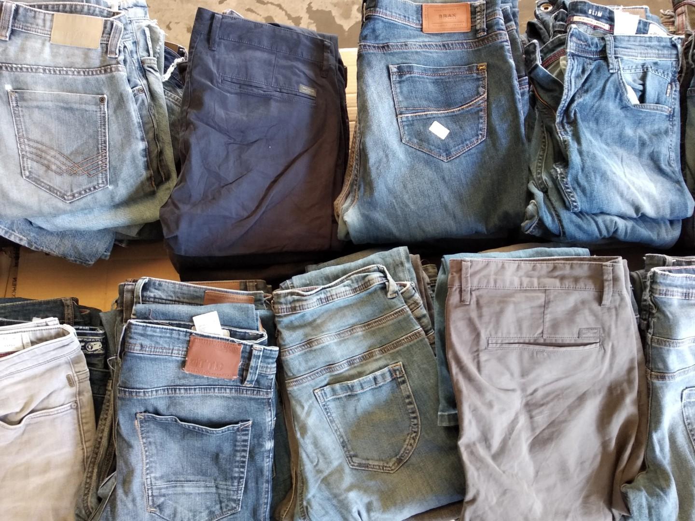 Jeans uomo fisicità