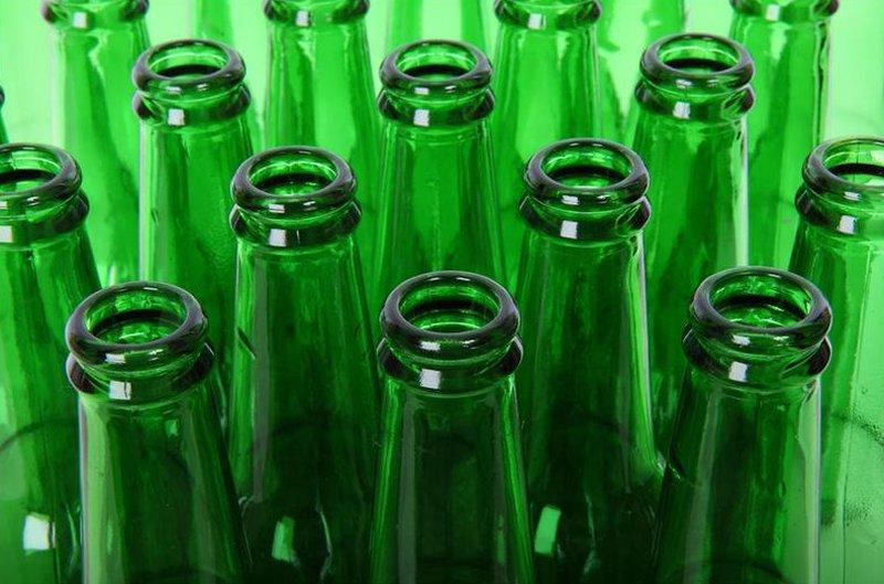 Colore diverso bottiglie birra